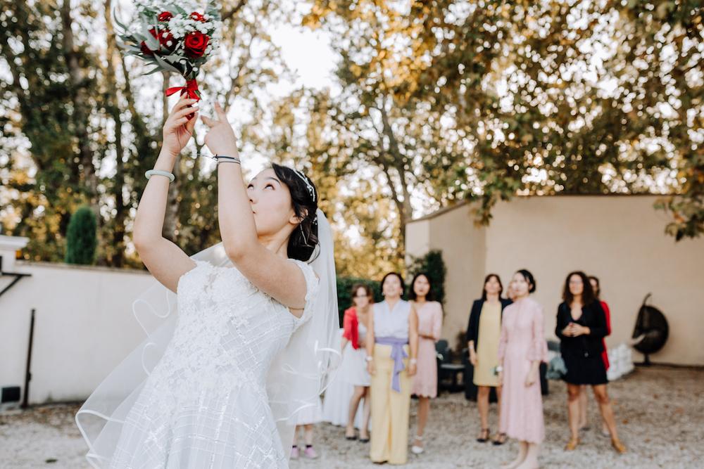 le coeur dans les etoiles - wedding planner - provence - luberon - organisation mariage - mariage automne - nicolas terraes - lancer de bouquet