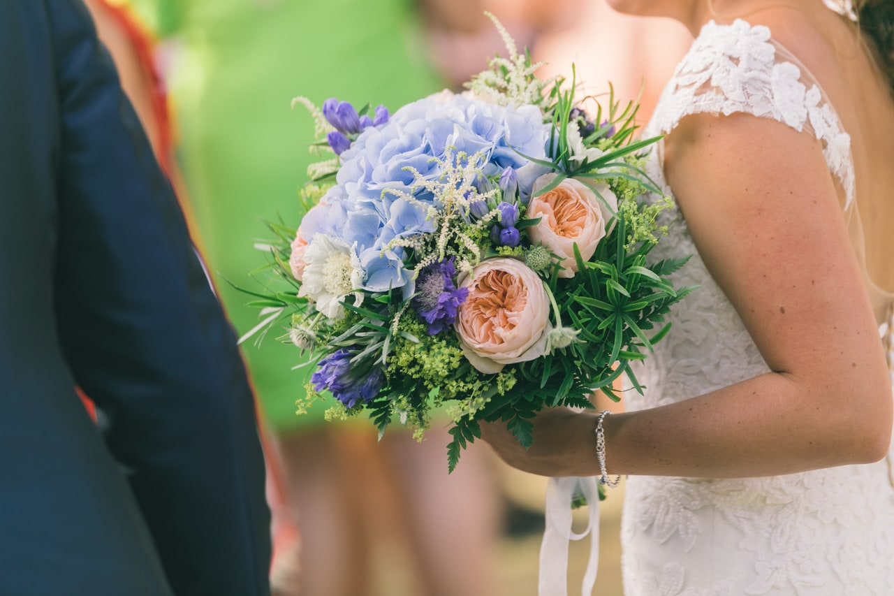 le coeur dans les etoiles - wedding planner - provence - luberon - drome - organisation provencale- sebastien cabanes - bouquet