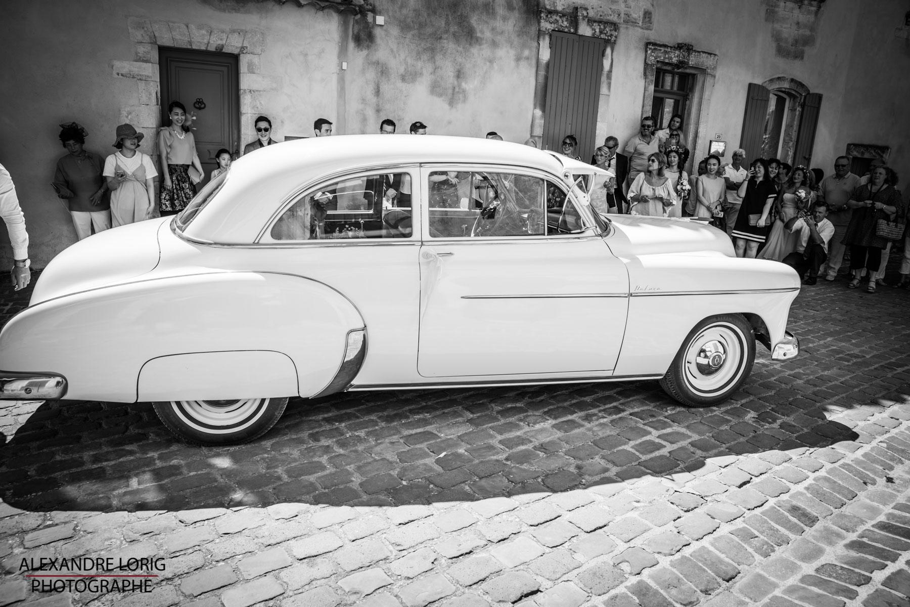 le coeur dans les etoiles - wedding planner provence - luberon - mariage provence - Alexandre Lorig - voiture ancienne