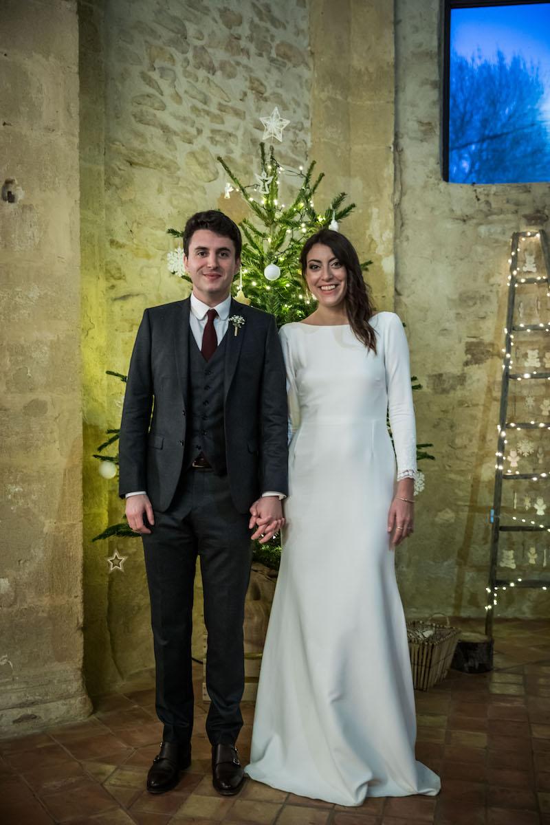 le coeur dans les etoiles - wedding planner provence - luberon - organisation - mariage - mariage d hiver - alexandre lorig - couple devant sapin