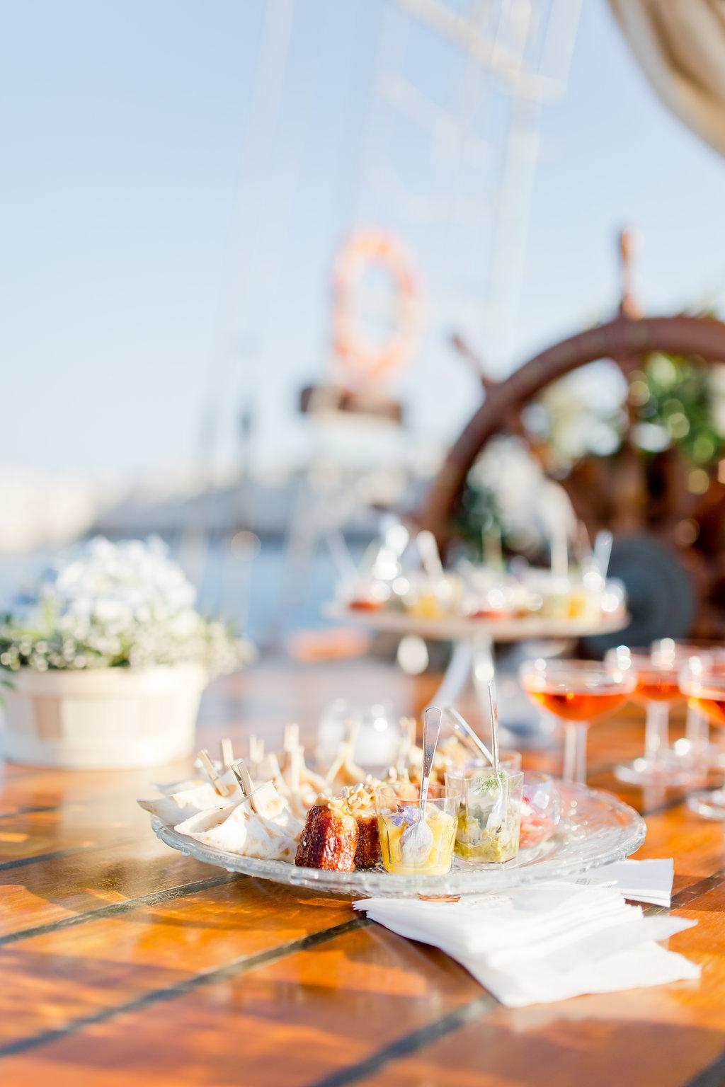 le coeur dans les etoiles - wedding planner - provence - sardaigne - shooting inspiration - mariage voilier - audrey carnoy - cocktail 1