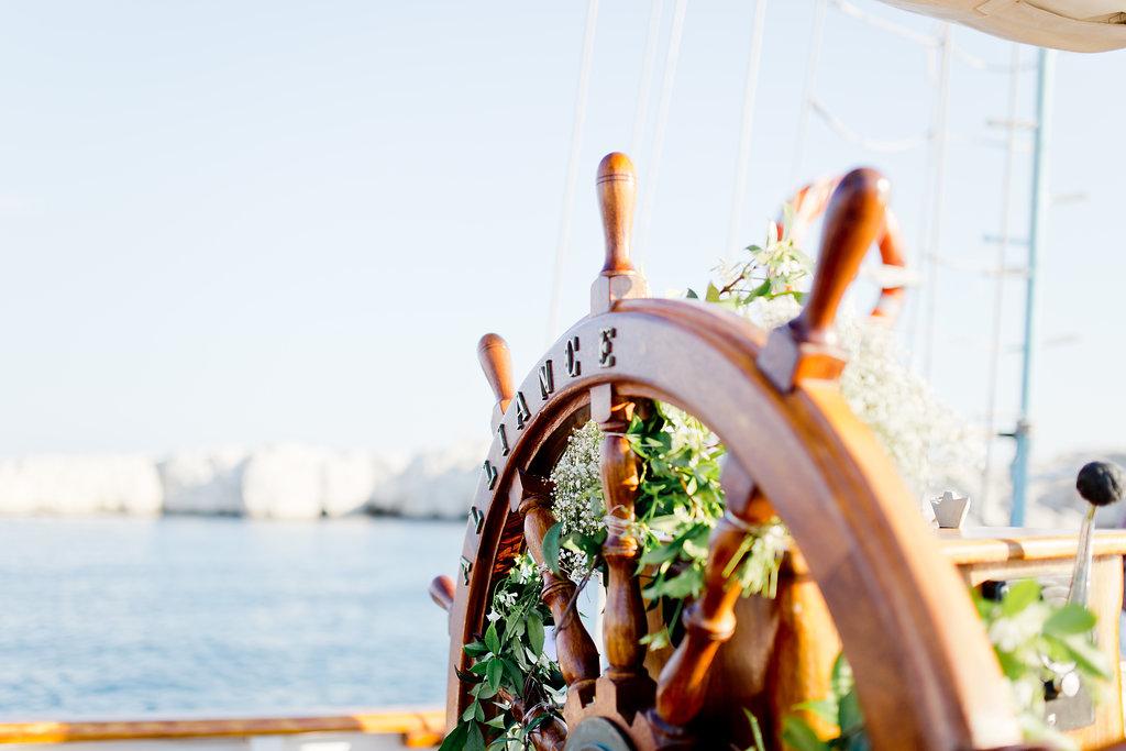 le coeur dans les etoiles - wedding planner - provence - sardaigne - shooting inspiration - mariage voilier - audrey carnoy - deco ceremonie 2