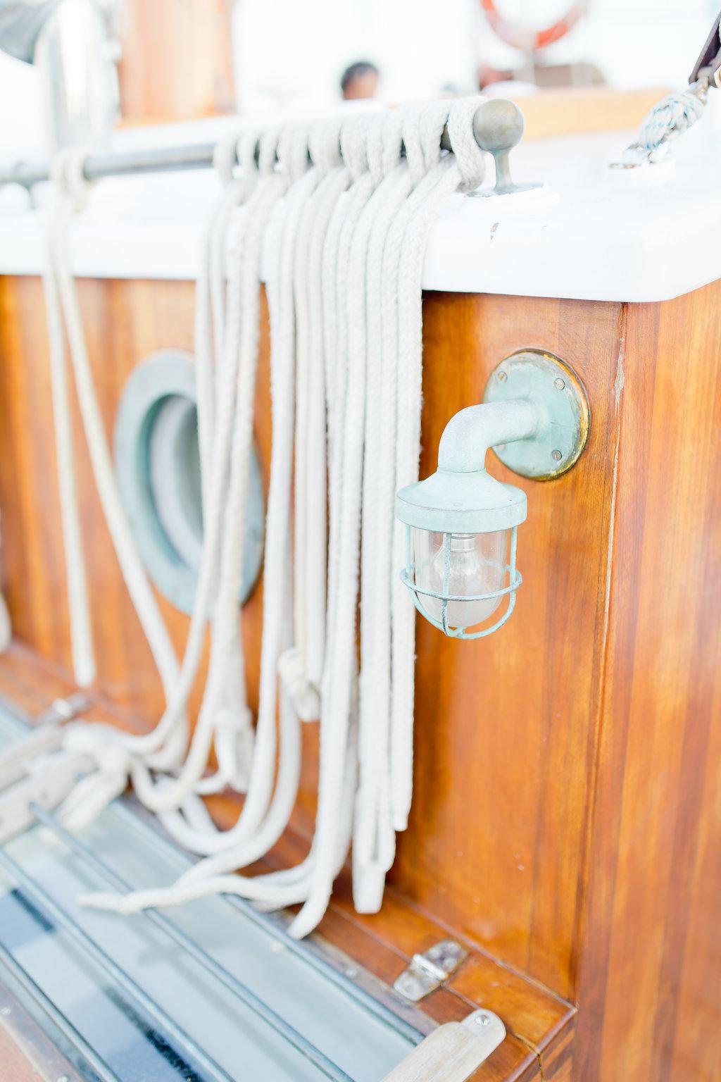 le coeur dans les etoiles - wedding planner - provence - sardaigne - shooting inspiration - mariage voilier - audrey carnoy - details voilier 1