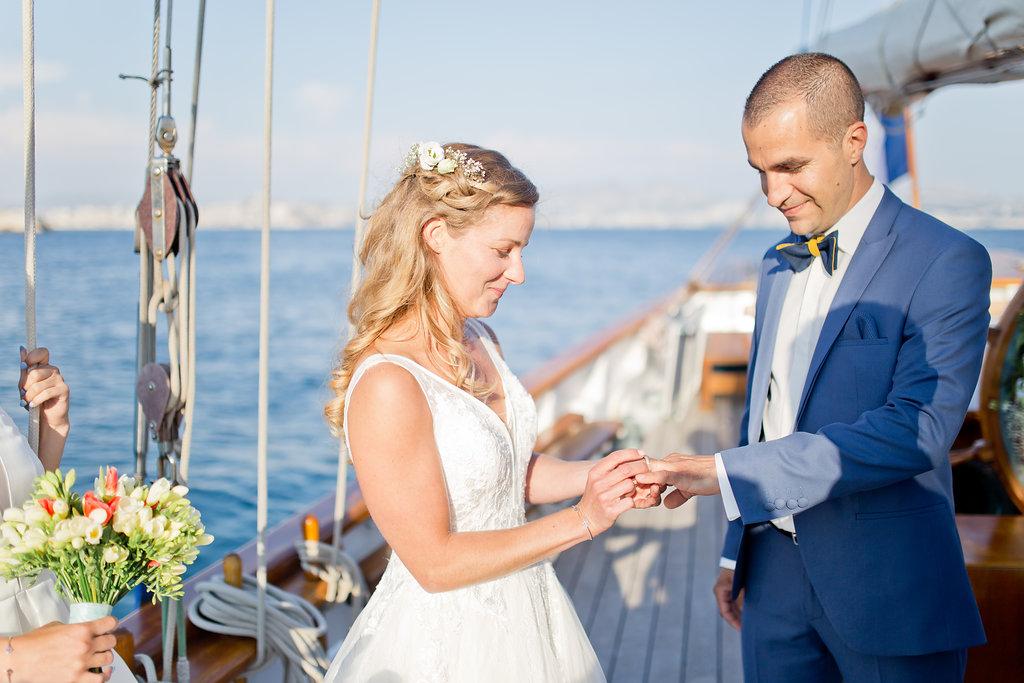 le coeur dans les etoiles - wedding planner - provence - sardaigne - shooting inspiration - mariage voilier - audrey carnoy - echange alliances 2