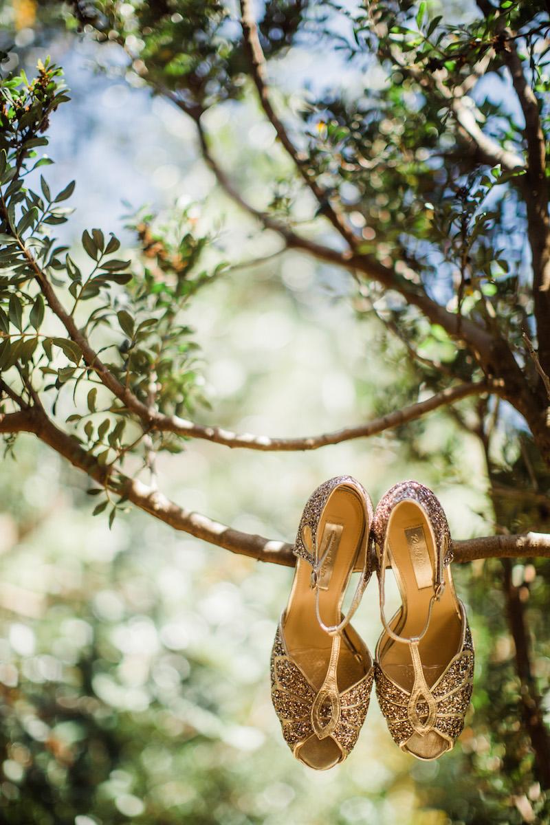 le coeur dans les etoiles - wedding planner - sardaigne - provence - luberon - mariage - organisation - antonio patta - chaussures mariee