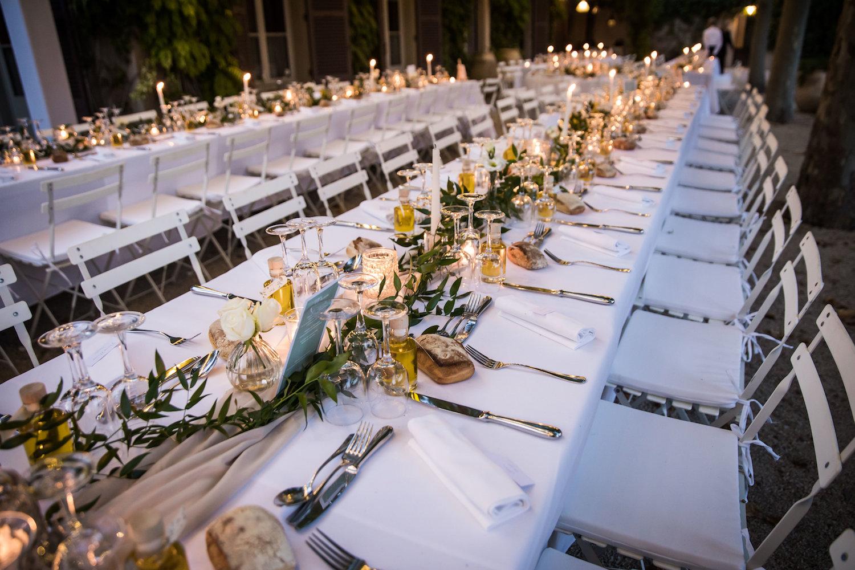 le coeur dans les etoiles - wedding planner - provence - luberon - alpilles - organisation - mariage - wedding - alexandre lorig - chemin de table