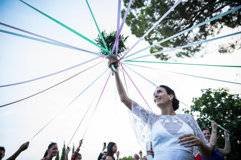 le coeur dans les etoiles - wedding planner - provence - luberon - alpilles - organisation - mariage - wedding - alexandre lorig - lance bouquet