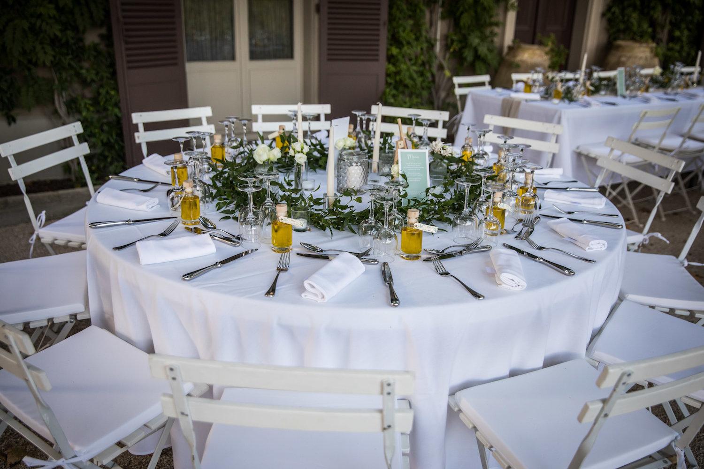 le coeur dans les etoiles - wedding planner - provence - luberon - alpilles - organisation - mariage - wedding - alexandre lorig - table honneur