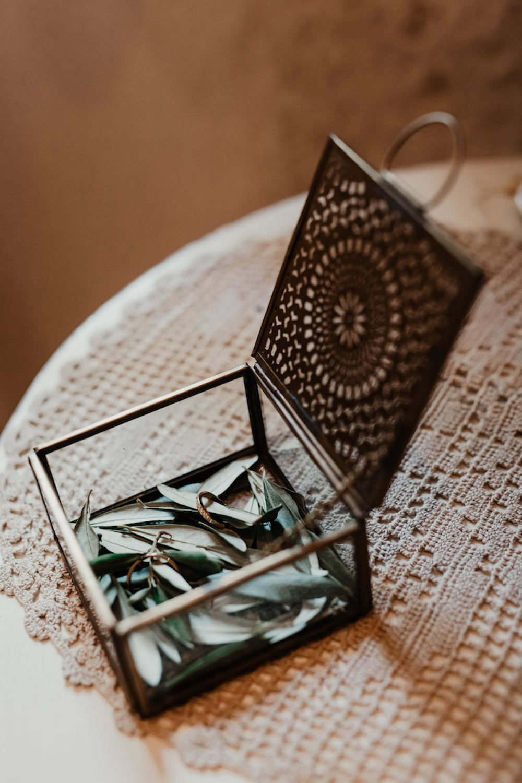 le coeur dans les etoiles - wedding planner - provence - luberon - alpilles - organisation - mariage - wedding - florine jeannot - alliances