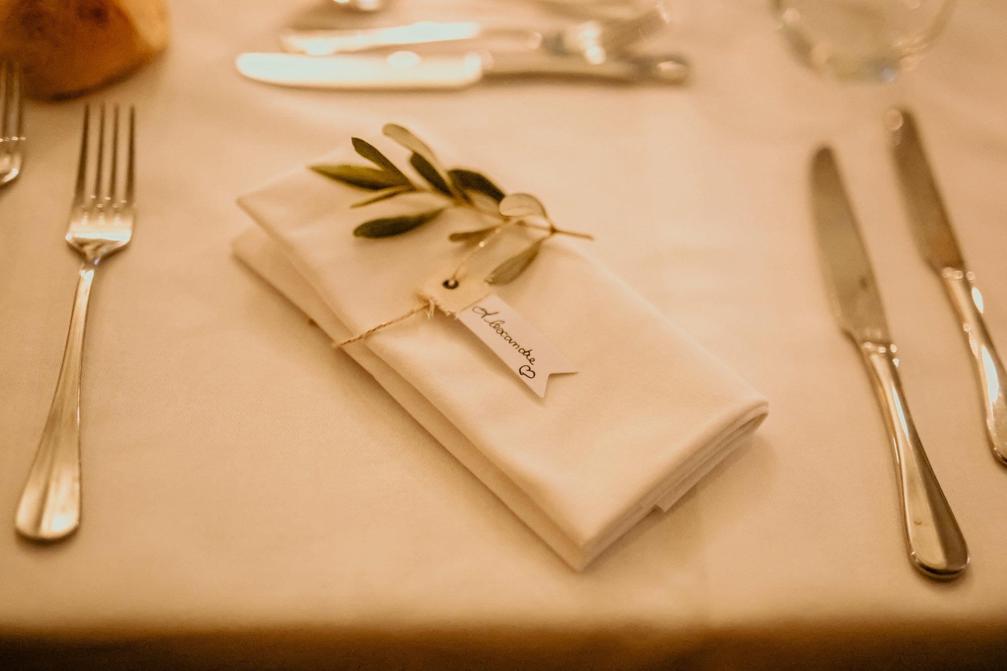 le coeur dans les etoiles - wedding planner - provence - luberon - alpilles - organisation - mariage - wedding - florine jeannot - decoration serviette