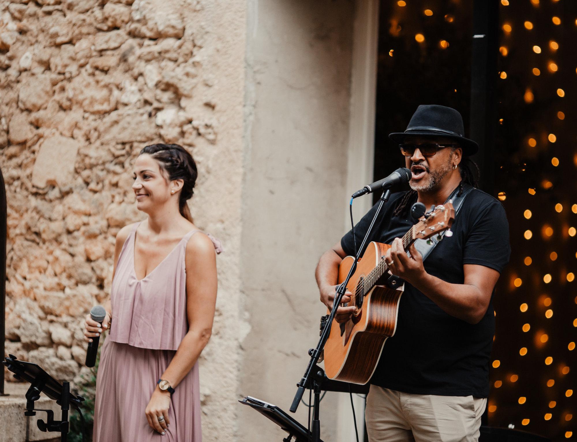 le coeur dans les etoiles - wedding planner - provence - luberon - alpilles - organisation - mariage - wedding - florine jeannot - live band