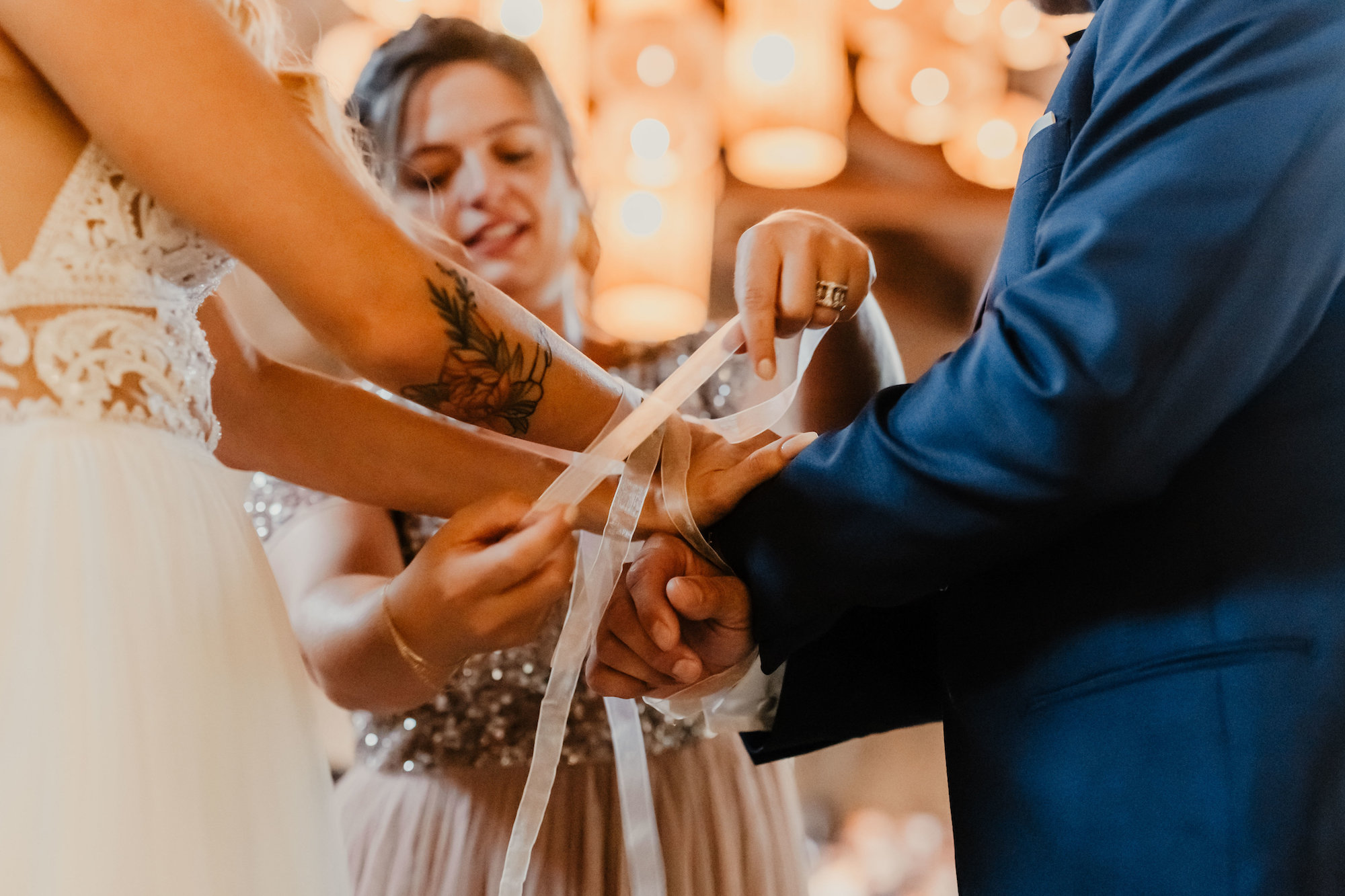 le coeur dans les etoiles - wedding planner - provence - luberon - alpilles - organisation - mariage - wedding - florine jeannot - rituel rubans