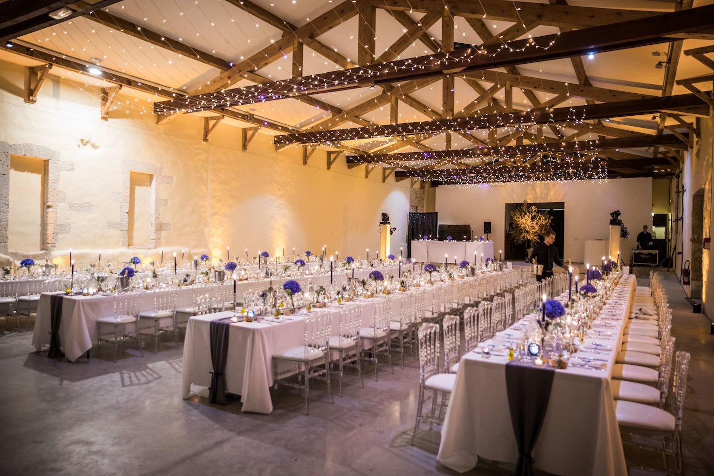 le coeur dans les etoiles - corine charbonnel -wedding planner - provence - luberon - alpilles - organisation - mariage - wedding - alexandre lorig - deco salle ciel etoile