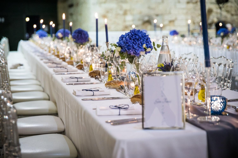 le coeur dans les etoiles - corine charbonnel -wedding planner - provence - luberon - alpilles - organisation - mariage - wedding - alexandre lorig - decoration table