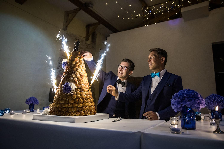 le coeur dans les etoiles - corine charbonnel -wedding planner - provence - luberon - alpilles - organisation - mariage - wedding - alexandre lorig - piece montee