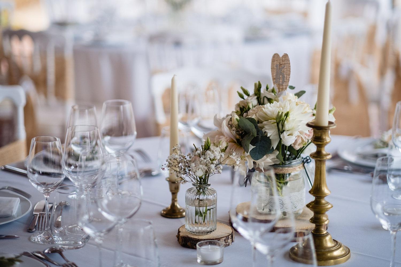 le coeur dans les etoiles - corine charbonnel -wedding planner - provence - luberon - alpilles - organisation - mariage - wedding - gilles perbal - detail deco table
