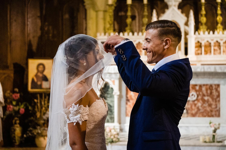 le coeur dans les etoiles - corine charbonnel -wedding planner - provence - luberon - alpilles - organisation - mariage - wedding - gilles perbal - eglise 1