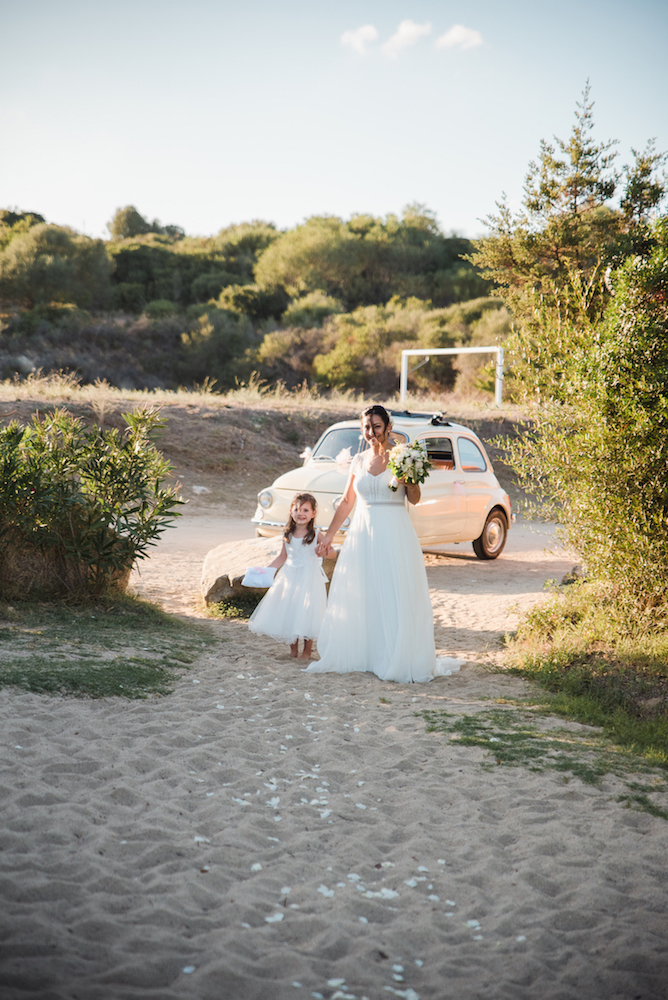 le coeur dans les etoiles - wedding planner - provence - luberon - sardaigne - organisation mariage - tania mura - arrivee mariee