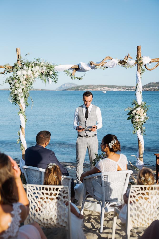 le coeur dans les etoiles - wedding planner - provence - luberon - sardaigne - organisation mariage - tania mura - ceremonie laique plage