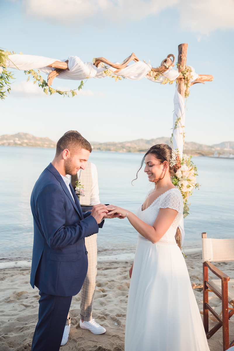 le coeur dans les etoiles - wedding planner - provence - luberon - sardaigne - organisation mariage - tania mura - echange alliances