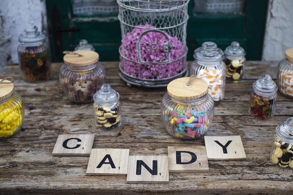 le coeur dans les etoiles - wedding planner - luberon - provence - mariage provence - L&T - sebastien bdk - candy bar