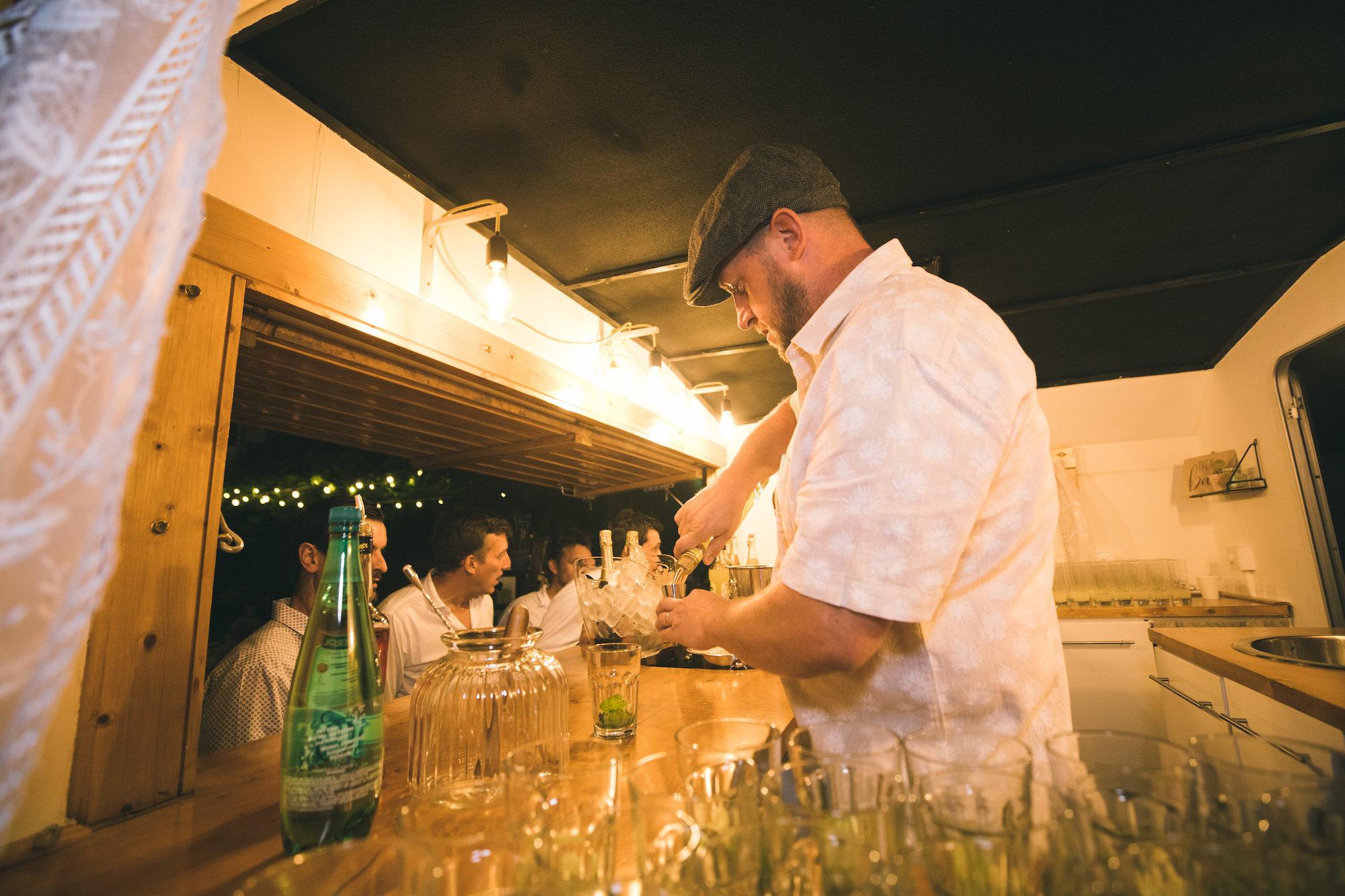 le coeur dans les etoiles - wedding planner - gard - provence - mariage provence - L&C - sebastien cabanes - bar a cocktails