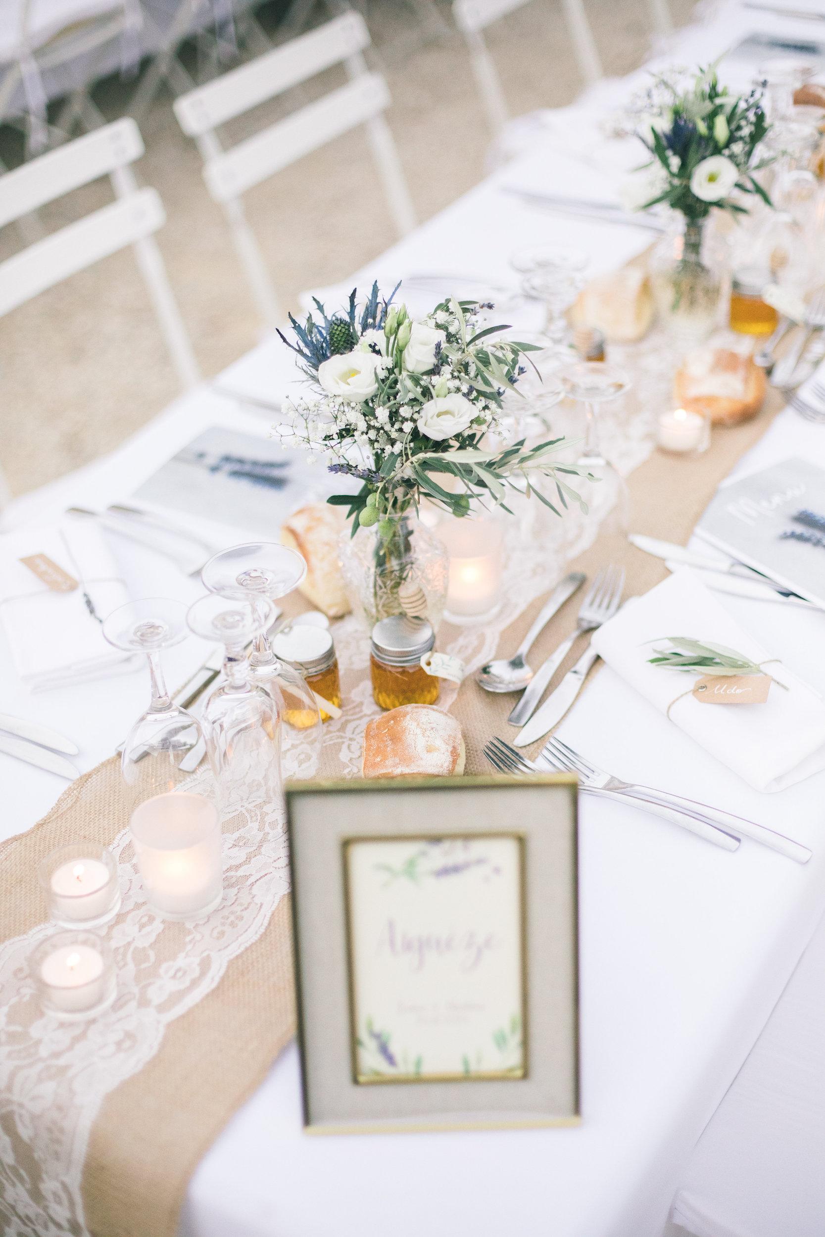 le coeur dans les etoiles - wedding planner - gard - provence - mariage provence - L&C - sebastien cabanes - deco table fleurs