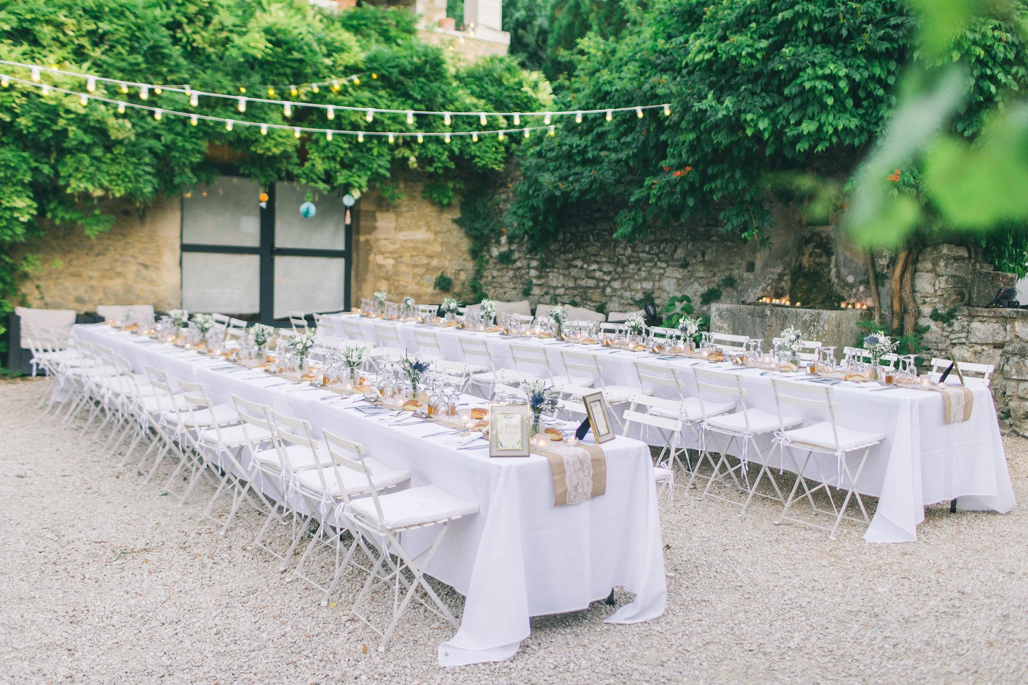 le coeur dans les etoiles - wedding planner - gard - provence - mariage provence - L&C - sebastien cabanes - repas en plein air