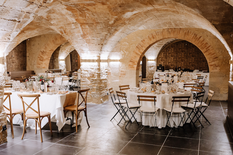 Superbe salle voûtée - Mariage en Provence