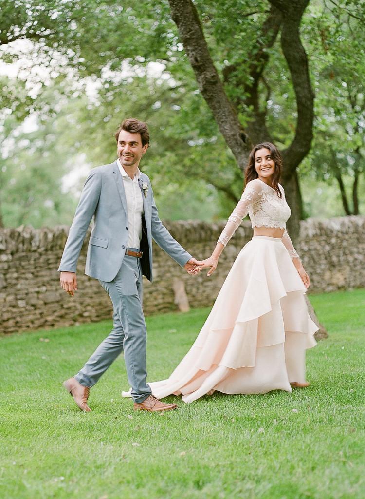 Photo de couple mariage pastel
