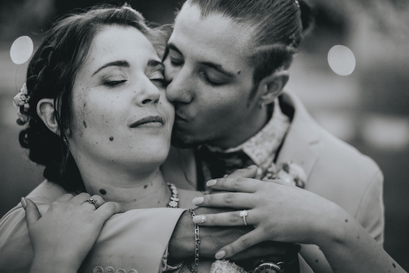 Mariage dans un mas en Provence