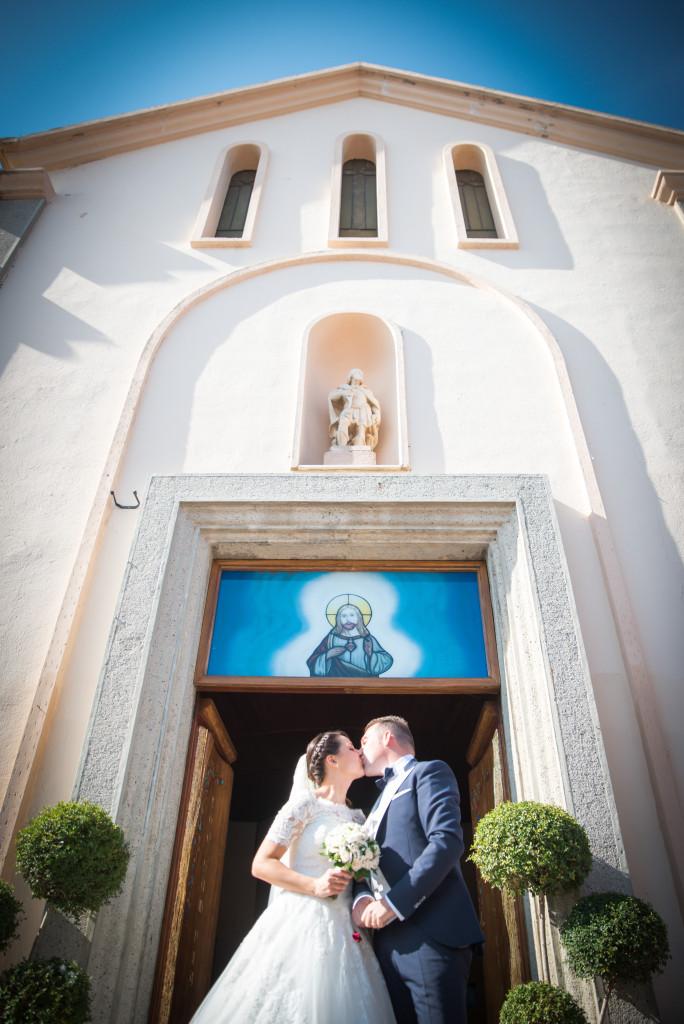 Mariage à l'église en Sardaigne