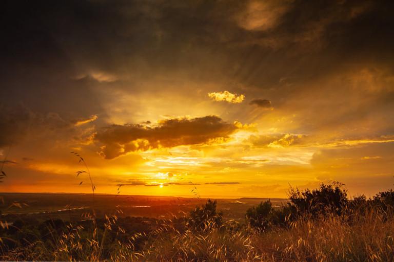Coucher de soleil en Provence