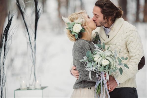 Une tenue de mariage originale en hiver