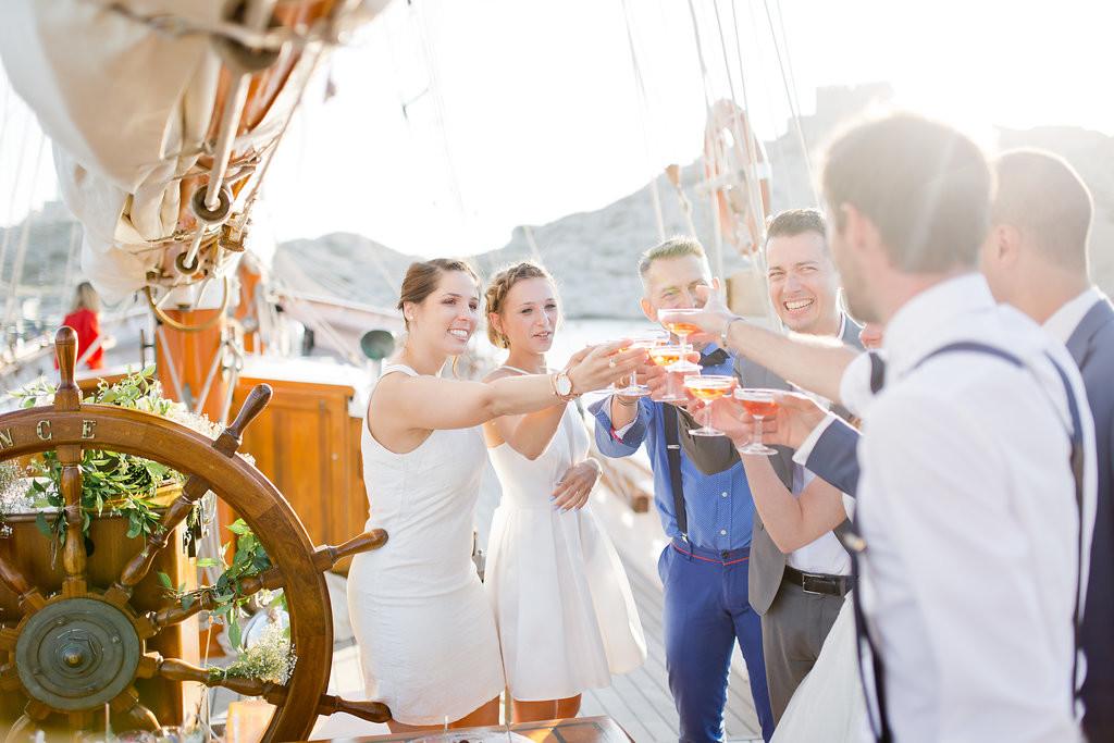 Mariage en mer sur un voilier