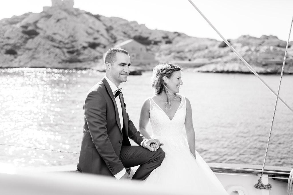 Photo de couple sur voilier