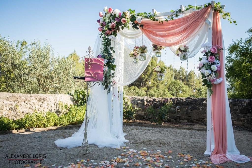 Arche fleurie pour ceremonie